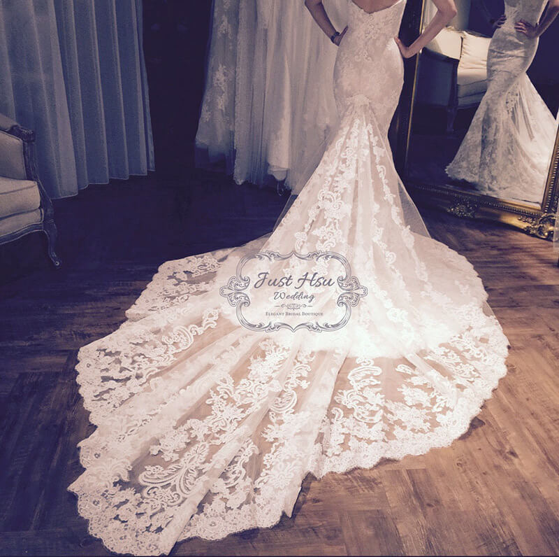 精緻蕾絲魚尾白紗禮服
