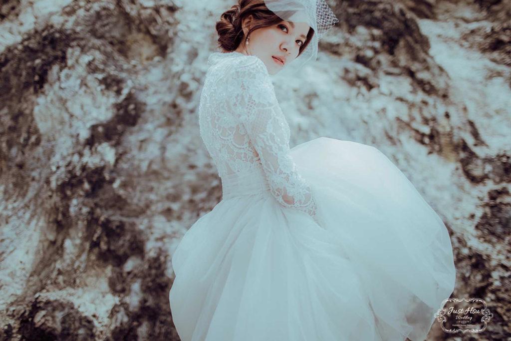 手工婚紗- 全蕾絲小立領復古白紗禮服,輕婚紗