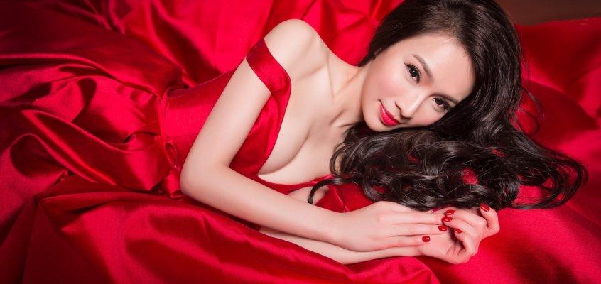 2020新娘必看! 一次看懂如何挑選紅色系晚禮服